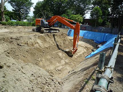 掘削工事始まりました